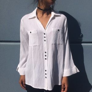 Christopher & Banks white snap button up